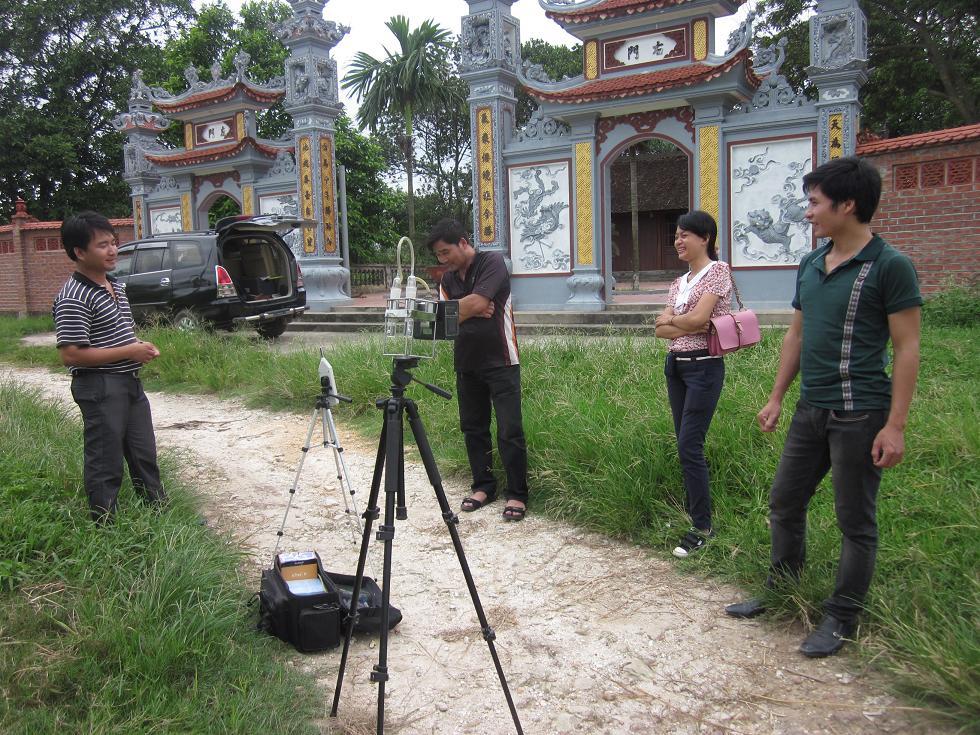 Một số hình ảnh đo đạc chất lượng môi trường nền dự án xây dựng đại học Dược tại Bắc Ninh, 2012
